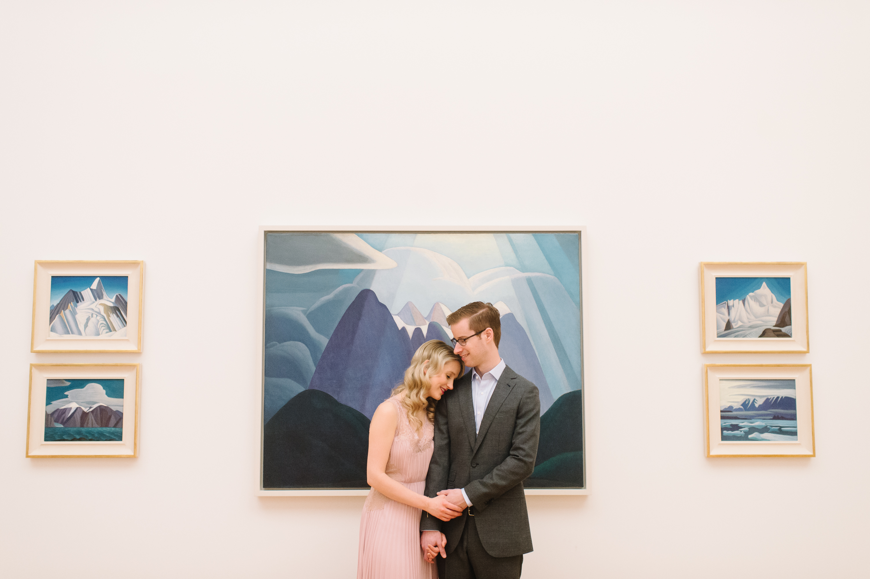 tara-mcmullen-photography-toronto-wedding-photographer-AGO-engagement-session-art-gallery-of-ontario-engagement-session-006