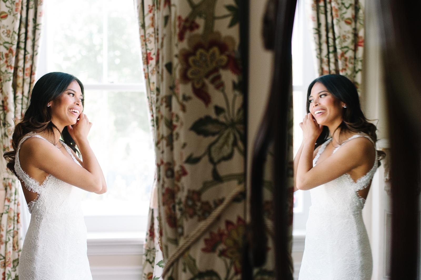 tara-mcmullen-photography-toronto-wedding-photography-alderlea-mansion-wedding-alderlea-wedding-brampton-scotsdale-farm-wedding-reem-acra-wedding-003