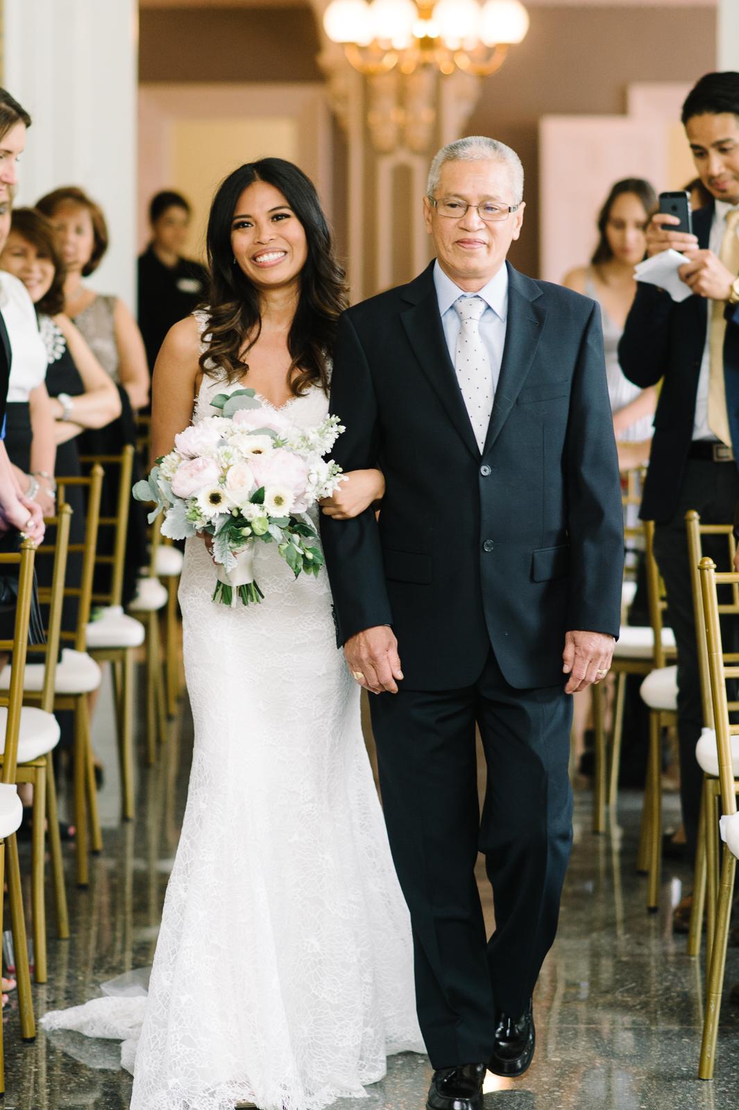 tara-mcmullen-photography-toronto-wedding-photography-alderlea-mansion-wedding-alderlea-wedding-brampton-scotsdale-farm-wedding-reem-acra-wedding-018
